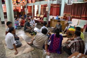 ガグラ村の仏陀バンク調査