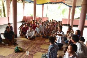 シャプチャリ村の仏陀バンク説明会