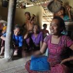 070ドッキンドルボバラ村でのミーチング2