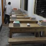 040通路を利用した狭い教室