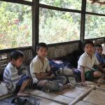 045マハムニシャダン孤児院内の教室2