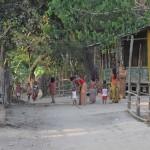 050アラカイン族のバボ村2