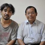 079UNHCR 及びナショナルユナイテッドパーティーのドクターケモン(右)