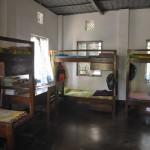 064支給する予定のベッド(写真は他の孤児院の寝室とベッド)