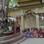 185菩提樹とポットバラ村の受益者
