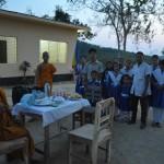 062院長のナンダマラ僧侶を囲んでささやかなパーティー