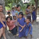 201ドショパラ村の子ども達