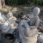 032破壊された仏像