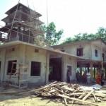 017焼失した寺の横に新しく建設中のウキヤゴナ寺