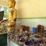 013破壊された仏像