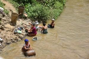 JANGKRA村にて2